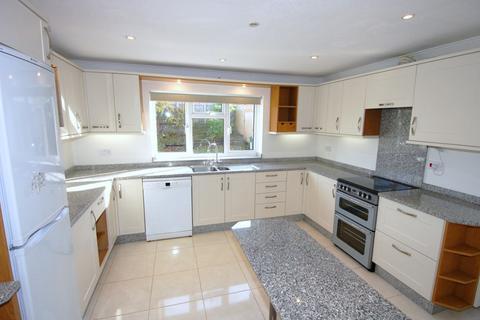 4 bedroom detached house to rent - Gainsborough Drive, Ascot