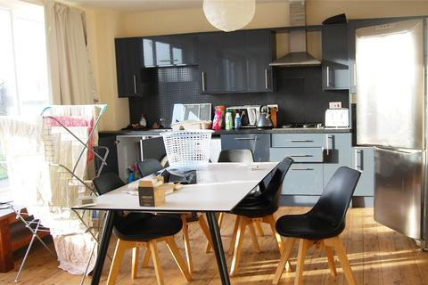 5 bedroom flat to rent - Baltic Road, Stockton-On-Tees