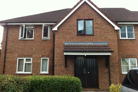 2 bedroom flat to rent - Beaufort Close Chingford E4 9XF