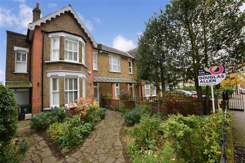 5 bedroom semi-detached house for sale - Wallwood Road, Leytonstone