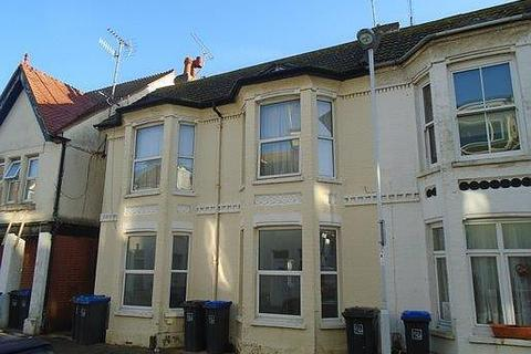 2 bedroom flat to rent - Thorn Road, BN11