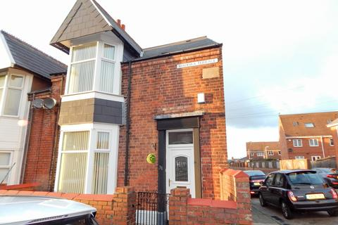 3 bedroom terraced house to rent - Madeira Terrace, South Shields
