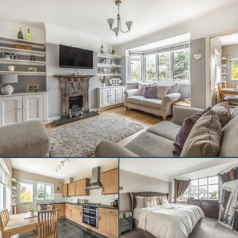 2 bedroom flat for sale - Aboyne Drive, Raynes Park