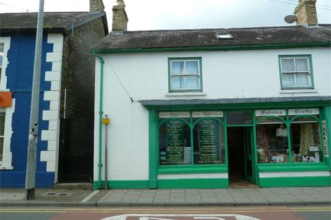 Townhouse for sale - Sycamore Street, Newcastle Emlyn, Carmarthenshire