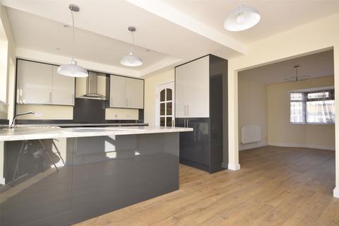 3 bedroom end of terrace house to rent - Allison Avenue, BRISTOL, BS4
