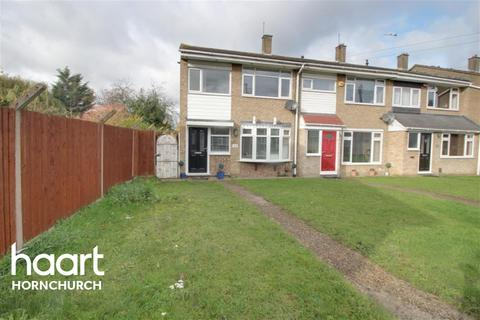 3 bedroom end of terrace house to rent - Rook Close, Hornchurch, RM12