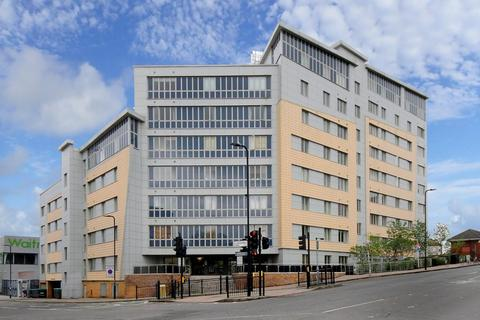 2 bedroom apartment to rent - Luminosity Court, W5