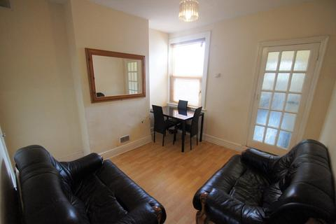 3 bedroom terraced house to rent - Chandos Street, Coventry, CV2 4HS
