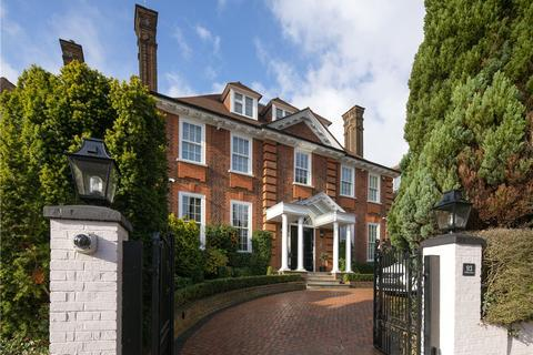 7 bedroom detached house for sale - Redington Road, London, NW3