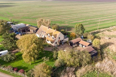 4 bedroom semi-detached house for sale - Burnham-on-Crouch, Essex