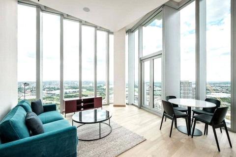 3 bedroom flat to rent - Manhattan Loft Gardens, 22 International Way, London, E20