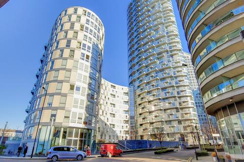 2 bedroom apartment for sale - Charrington Tower, Biscayne Avenue, Canary Wharf, London