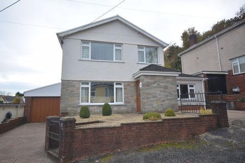 3 bedroom detached house for sale - Darran Close, Neath