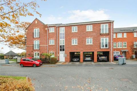 2 bedroom apartment to rent - Great Oak Square, Mobberley