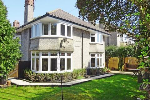 3 bedroom apartment for sale - Stirling Road, Talbot Woods, Bournemouth, BH3 7JH