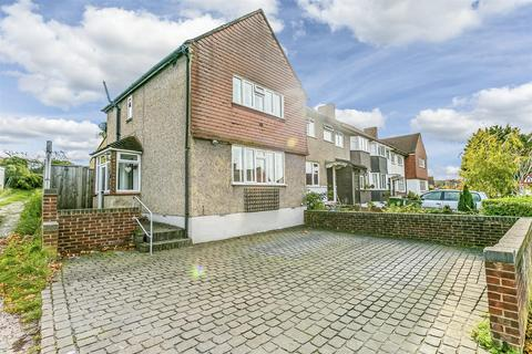 3 bedroom end of terrace house for sale - St Philips Avenue, Worcester Park