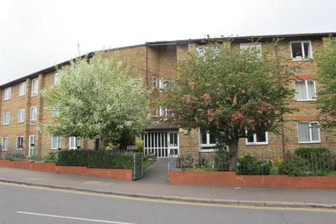 1 bedroom ground floor flat for sale - Glebelands Avenue, London