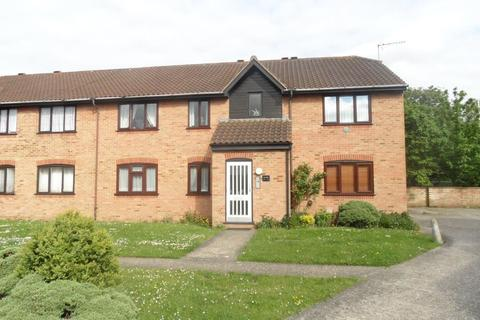 1 bedroom flat for sale - Godwin Close, Chingford