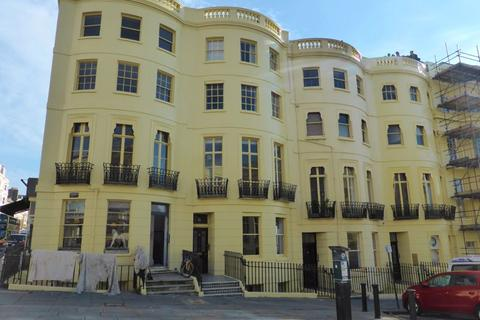 2 bedroom flat to rent - Brunswick Place