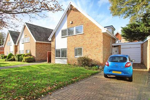 4 bedroom detached house for sale - St Peters Court, Broadstairs, CT10