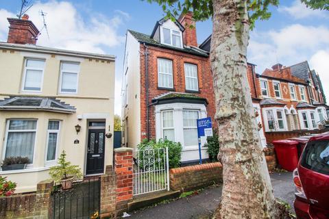 2 bedroom flat for sale - 139 Waverley Road, Reading, RG30