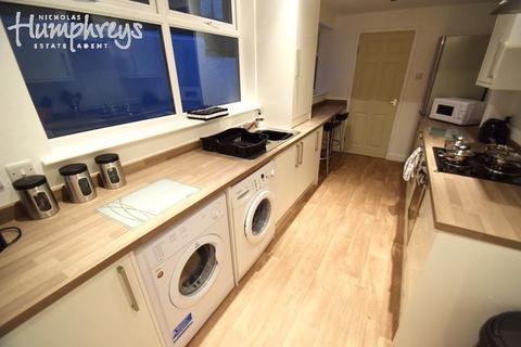 4 bedroom house share to rent - Wellesley Street, Hanley, ST1