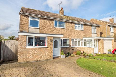 4 bedroom semi-detached house for sale - Birling Avenue, Bearsted, Maidstone