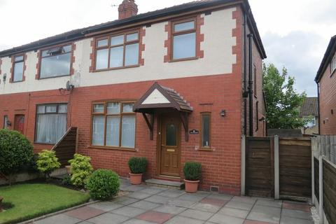 3 bedroom semi-detached house to rent - Wemyss Avenue, Stockport