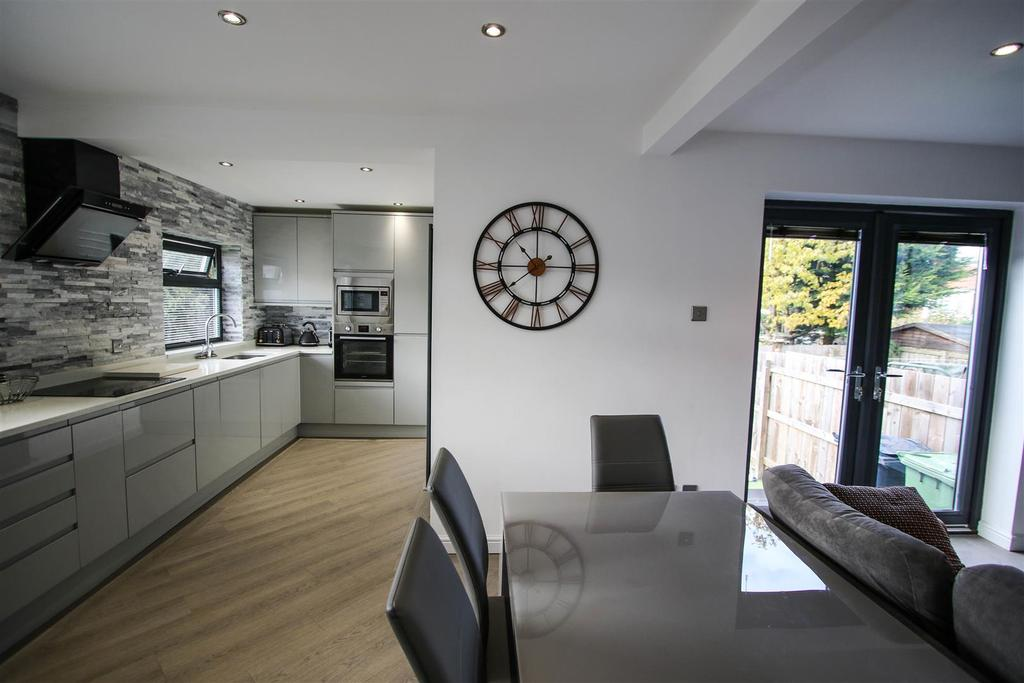 Kitchen/open plan living space