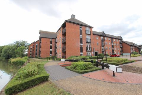 2 bedroom flat to rent - The Wharf, Linslade