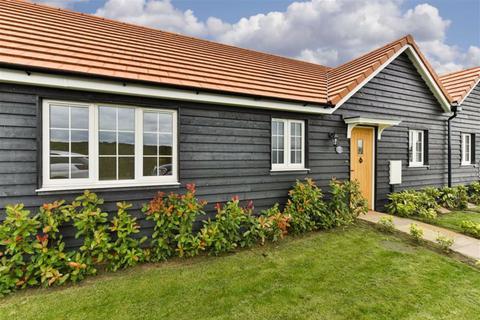 2 bedroom semi-detached bungalow for sale - Commonside Cottages, Ashtead, Surrey