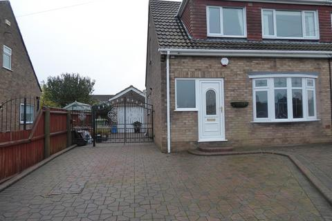 3 bedroom semi-detached house to rent - Mill Garth, Cleethorpes