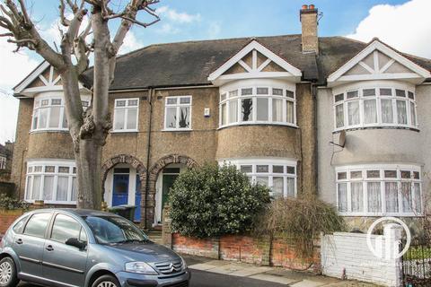 3 bedroom maisonette for sale - The Woodlands, London