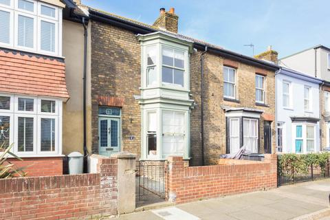 3 bedroom terraced house for sale - St. Andrews Road, Deal