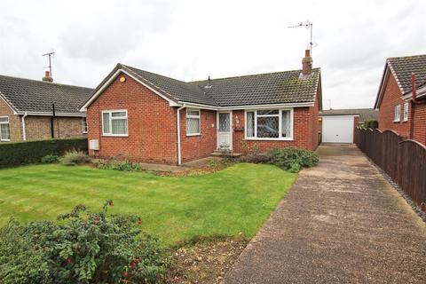 2 bedroom detached bungalow for sale - The Meadows, Leven, Beverley