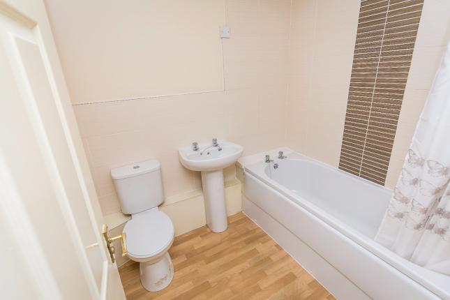 Bathroom   brooklands.jpg