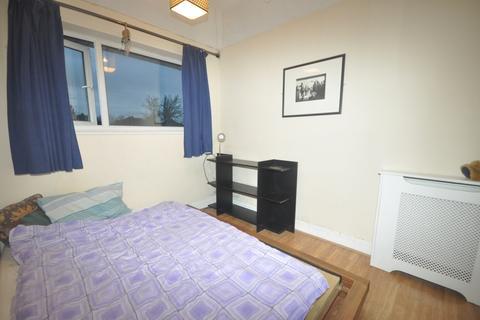 1 bedroom house share to rent - Wendover Way Welling DA16