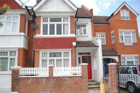3 bedroom apartment to rent - Ryfold Road, London