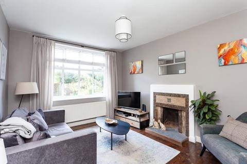 2 bedroom flat to rent - Oakfield Court, Crouch End, N8