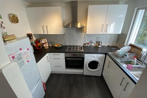 1 bedroom flat to rent - Greenway Close Friern Barnet N11 3NT