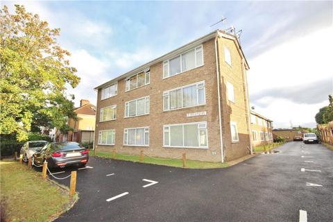 1 bedroom apartment to rent - Salliesfield, Kneller Road, Twickenham, TW2