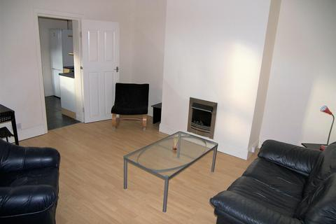 3 bedroom ground floor flat to rent - Trewhitt Road, Newcastle upon Tyne, Tyne and Wear, NE6 5DY