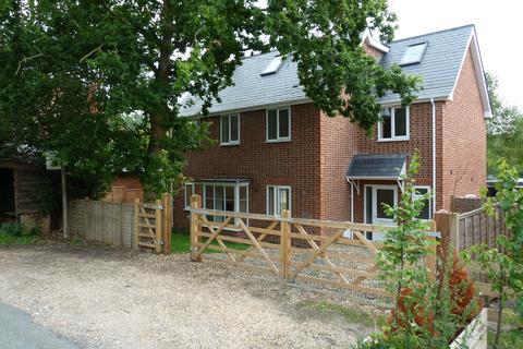 4 bedroom detached house to rent - Axford, Marlborough, Wiltshire