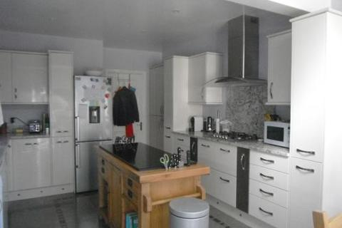 4 bedroom detached house to rent - Ridings Mead, Chippenham, Wiltshire, SN15