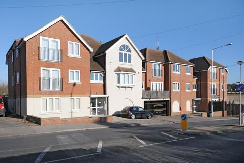 2 bedroom apartment to rent - Northwood, Middlesex, HA6