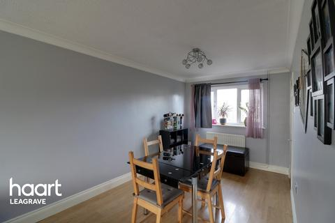 3 bedroom semi-detached house for sale - Julius Gardens, Luton