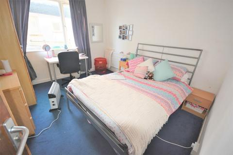 3 bedroom house to rent - 3 bedroom Flat Student in Brynmill