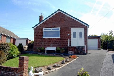 3 bedroom detached bungalow for sale - Wyresdale Avenue, Knott End, FY6 0DE