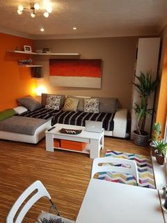 2 bedroom terraced house to rent - Riddell Court, 20 Albany Road, London, SE5