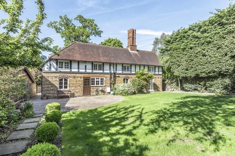 4 bedroom detached house for sale - Westerham Road, Keston